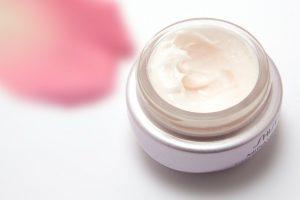 cream, skin care, eye cream-194116.jpg
