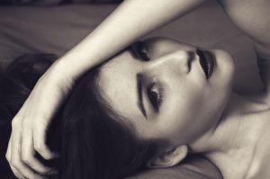 woman, beauty, monochrome-1585593.jpg